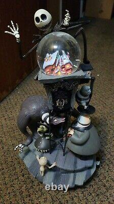Authentic Disney's Nightmare Before Christmas Light-up Snowglobe Large 10th