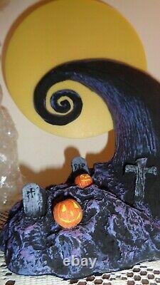 Disney Nightmare Before Christmas Martine Millan Moon Display Scene 192/500 NEW
