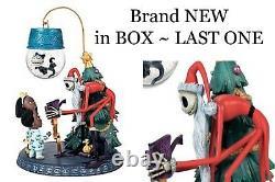 Disney Store Nightmare before Christmas Jack Skellingtion Santa Snowglobe NIB
