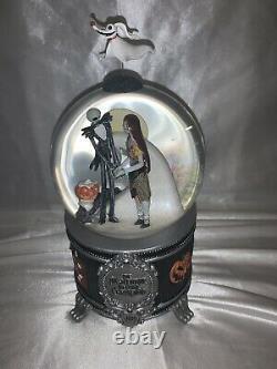 Disney Store Snowglobe Jack & Sally Nightmare before Christmas 20 Years