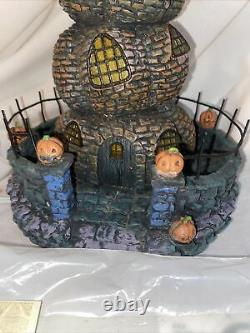 HAWTHORNE VILLAGE DISNEY The Nightmare Before Christmas Pumpkin House With COA