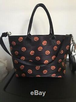 Harveys Disney The Nightmare Before Christmas 25yr Anniversary Streamline Tote