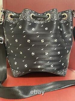 Harveys Seatbelt Bag Disney Nightmare Before Christmas Park Hopper