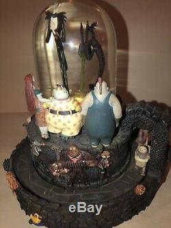 Vintage Nightmare Before Christmas Musical Lighted Snow Globe Disney Tim Burton