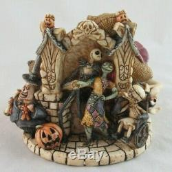 Walt Disney Harmony Kingdom Halloweentown Nightmare Before Christmas Figure